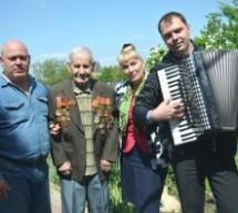 Ветеранов поздравили работники администрации