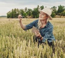 В «Единой России» требуют сохранить укороченную рабочую неделю для женщин в сельской местности.