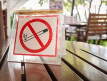О запрете курения в летних кафе, на летних верандах и террасах!
